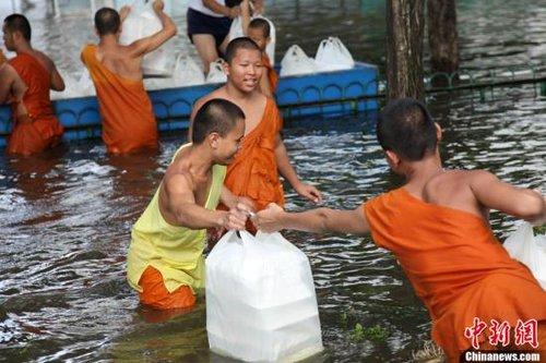 泰国洪灾致427人遇难 全球硬盘价格大涨
