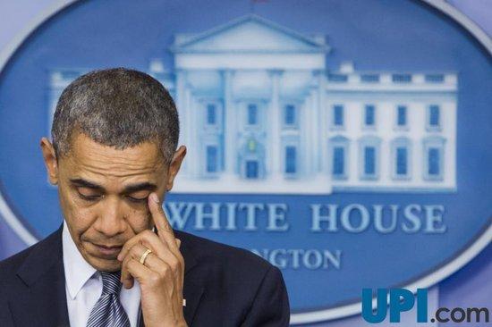 奥巴马谈枪击案数度落泪 称阻止悲剧再次发生