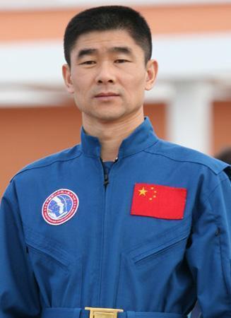 神舟七号航天员刘伯明已晋升少将