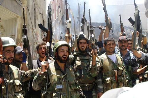 """叙利亚媒体:政府军攻入极端组织新""""大本营"""""""
