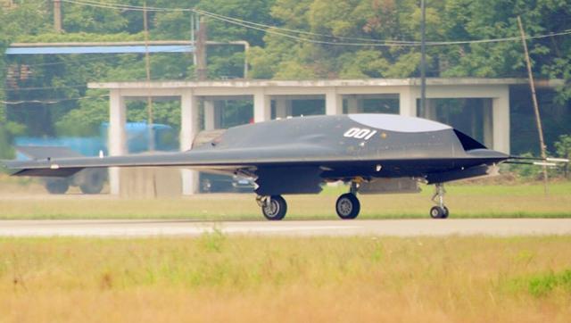 官方透露:歼31与利剑使用国产发动机首飞