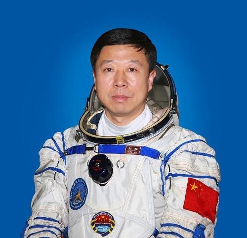 神舟九号16日18时37分发射 航天员飞行乘组确定 - 高山松 - gaoshansong.good 的博客