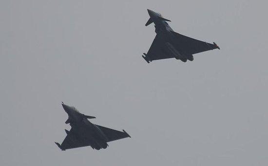 印度126架战机订单下周揭晓 台风阵风最后角逐