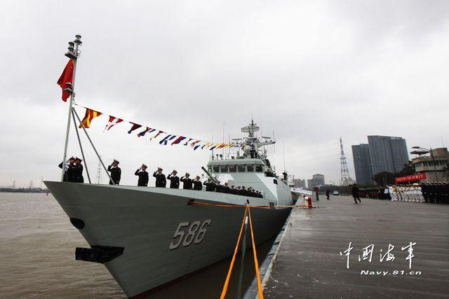 中国海军密集换装:一年来至少17艘军舰入列