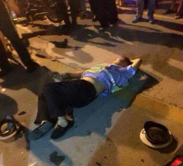 组图:河北衡水一男子醉酒驾车接连撞飞4名协警