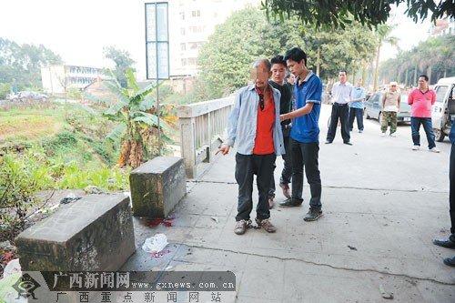 男子持刀当街捅死小偷 涉嫌六年前曾杀害四人(图)