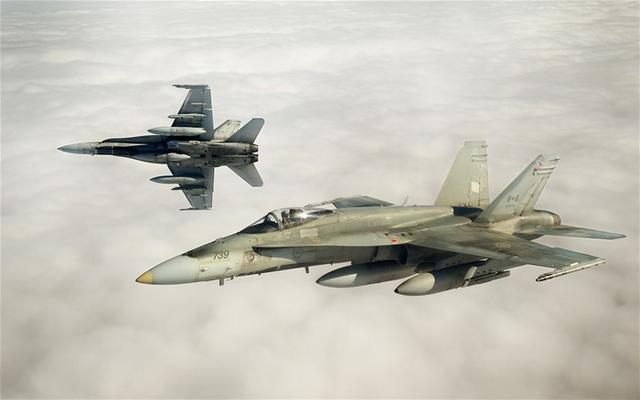 加拿大空军一架CF-18战斗机坠毁 1名飞行员丧生
