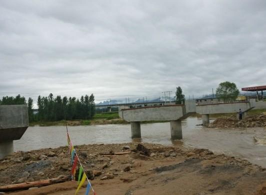 河北秦皇岛发生火车撞人事故致9人遇难4人伤
