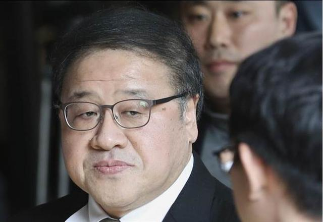 韩国检方紧急逮捕朴槿惠前首席秘书安钟范