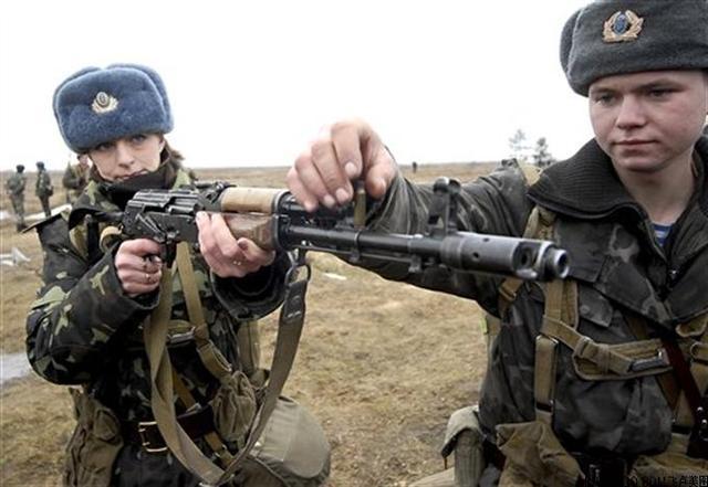 中国雇佣兵_乌克兰驻华使馆:在中国招募雇佣兵消息不实