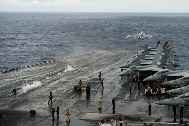外媒称美国下任防长或将进步美军巡航南海频率