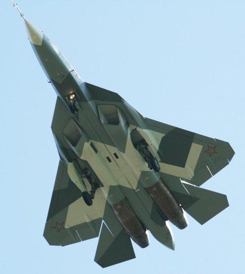 徐勇凌称美国五代机正犯战略错误 看好俄国T-50