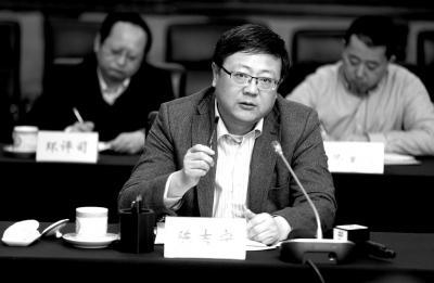 环保部部长陈吉宁:把环保执法过软翻过来