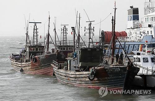 韩海警首次用M60机枪扫射中国渔船 射600多发子弹