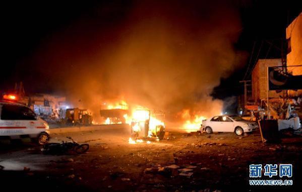 巴基斯坦一军车遭炸弹袭击 致15人死亡30人受伤