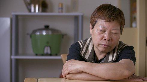 如何理解自己的同志母亲?她用18年完成这部纪录片