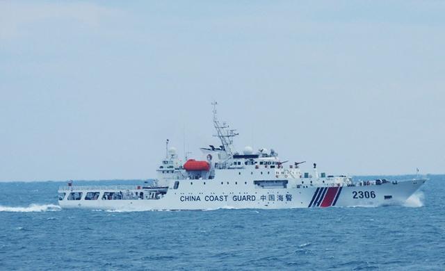 中国海警舰船编队8月21日在我钓鱼岛领海巡航