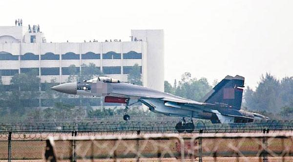 港媒:首批苏35战机抵达沧州 正式交付解放军