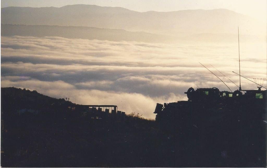 南瓜山的云,1998年