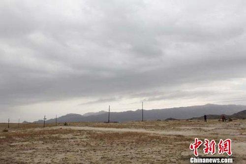中蒙边境线上北塔山牧场告别61年无电生活(图)