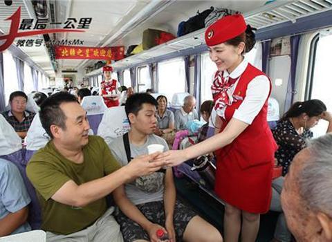 图片故事:新疆铁路美女