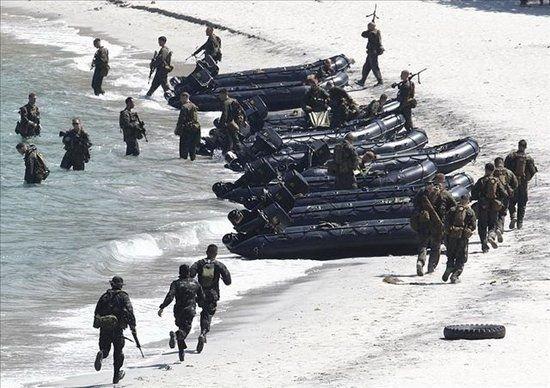 专家称中国只有不惜同归于尽 才可结束南海之争