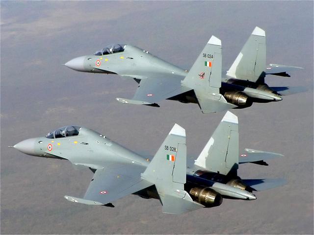 印度空军苏30击落商业气球 机炮足足扫射97次