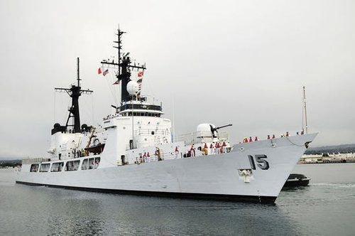菲前官員:派軍艦去黃巖島對付中國漁民犯大錯