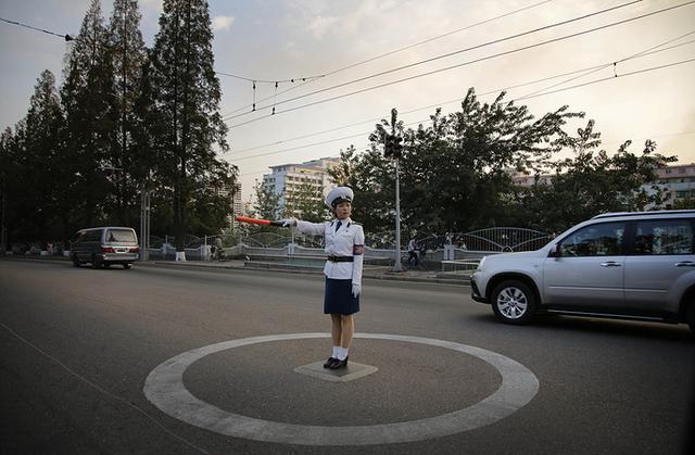 中国驻朝记者到处买汽油 朝鲜或全面上调油价