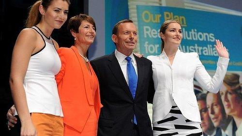 澳大利亚反对党领袖以女儿美貌拉选票(图)