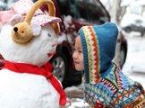 浙江玉环 小朋友和他的雪人