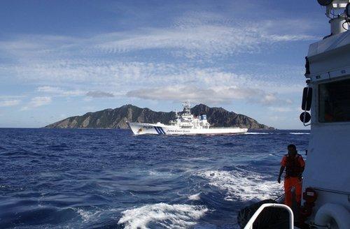 罗援建议中国在钓鱼岛附近设军事演习区