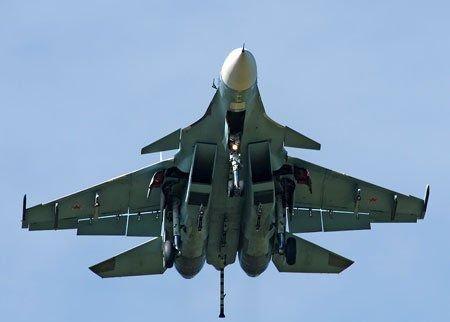 中国有意购买少量苏-33舰载机 俄要求至少20架
