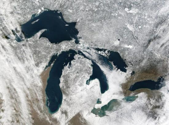 NASA航拍北美五大湖大面积结冰景观(高清组图)