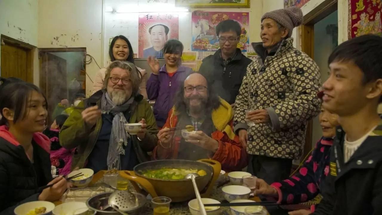 主持人与中国家庭共度新年