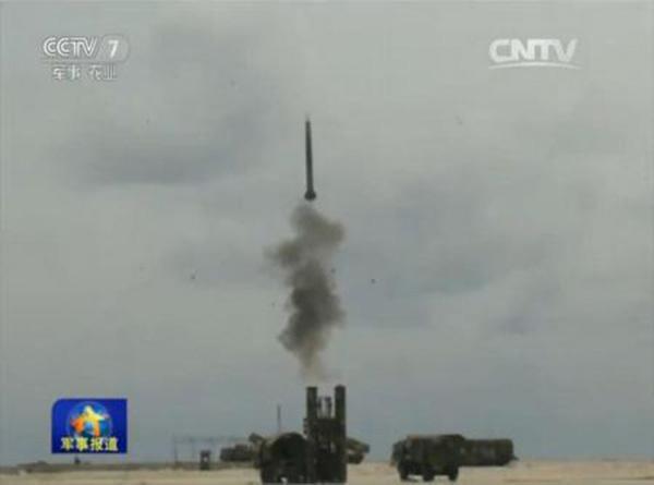 红旗9导弹现身南海军演,专家:对挑衅释放足够的信号