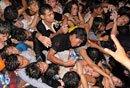 柬埔寨踩踏事故数百人死