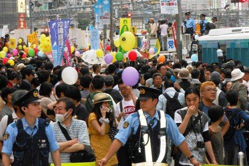 日本各地举行大规模反核电游行