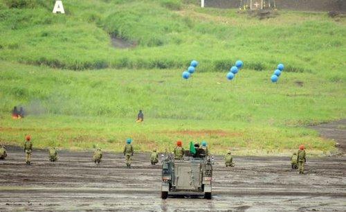 日本欲恢复行使集体自卫权 评论称军国主义抬头