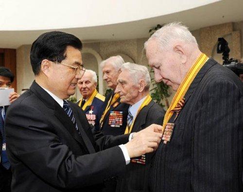法媒:中国领导人才是俄红场阅兵的贵宾(图)