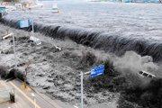 地震引发的巨大海啸冲进住宅区