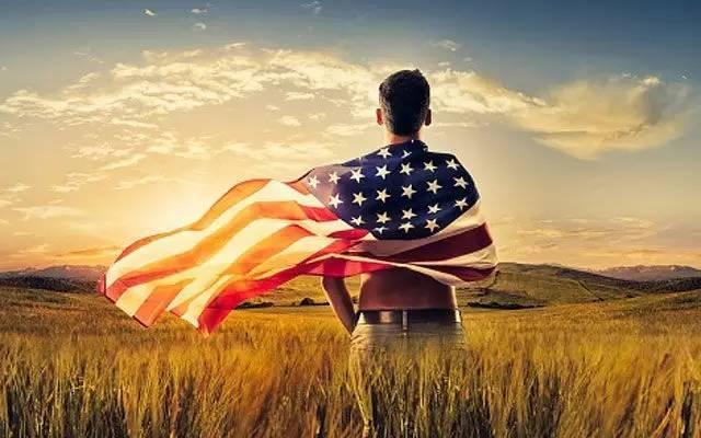 学者:美国靠什么维持自己强大