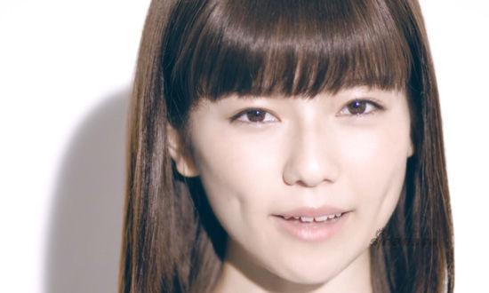 日本用美女明星拍征兵宣传片
