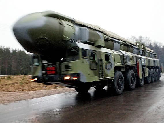 黑客威胁曝光中俄伊朝导弹计划,外交部回应说……