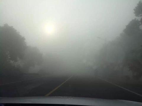 华北华东雾霾今日加重 东北将迎阴雨降温