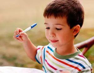 66年卖出1000亿支 中国造不出来的圆珠笔