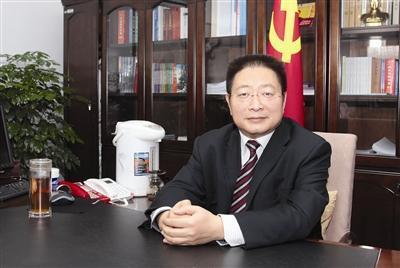 西宁市委书记毛小兵被查 曾拿154万元税前薪酬