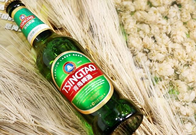 """同时也标志着以传承111年经典品味为代表的青岛啤酒""""大精酿时代""""的到"""