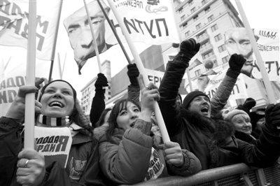 莫斯科爆发万人反普京集会 反对派领袖现场被捕