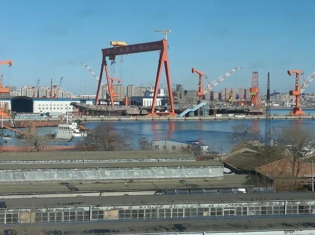 中国第三艘航母或弃用电磁弹射 反应堆拖后腿?